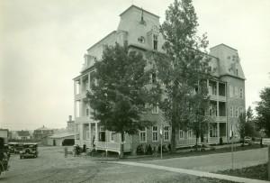10_École du Sacré-Coeur (école normale, 1942-1961)