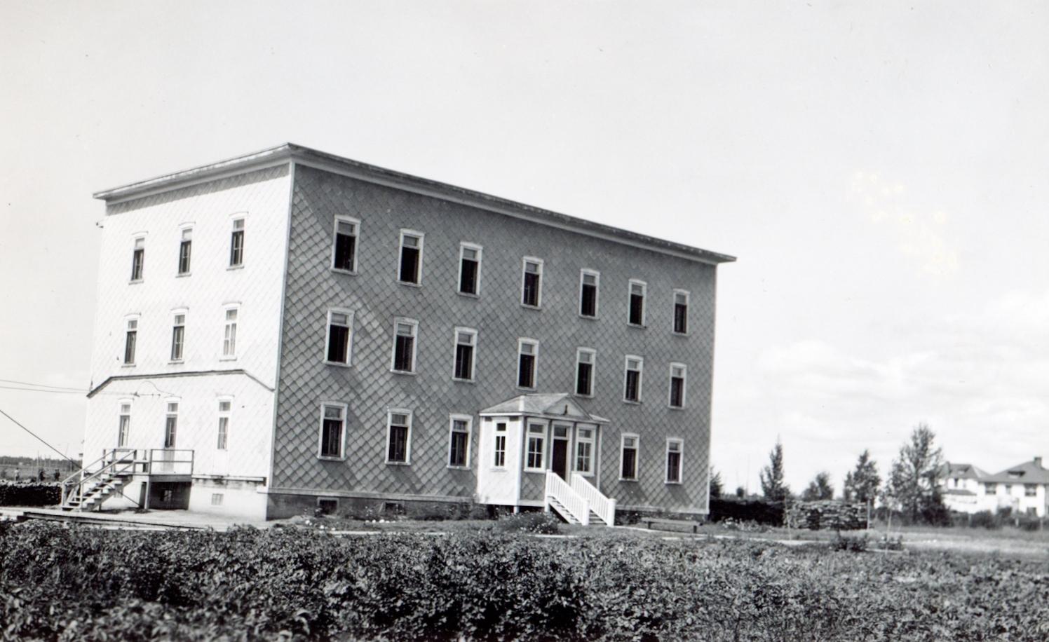 Couvent-pensionnat Saint-Joseph vers 1927