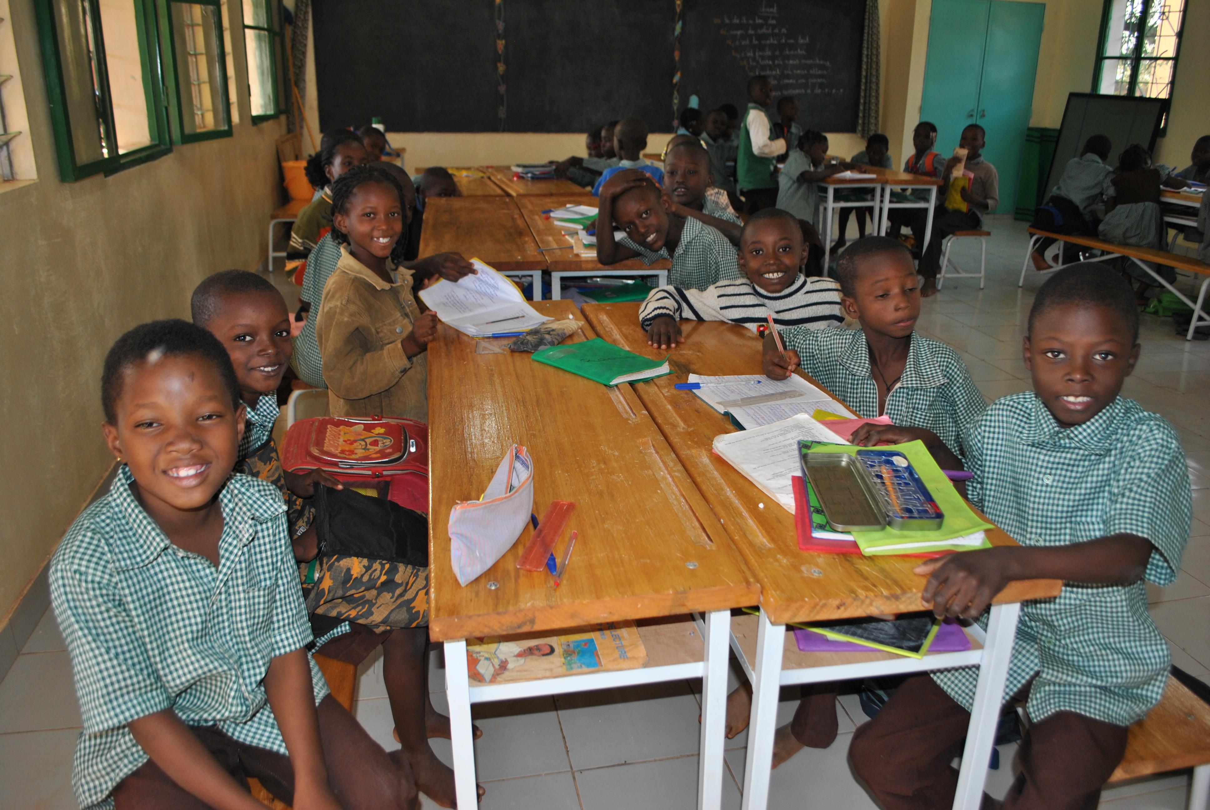 6_En classe à l'école primaire Saaba